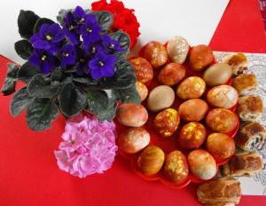 Lieldienu olas un ziedi - Lieldienu kartiņa 11