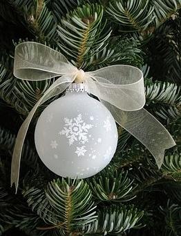 Eglīšu mantiņa - Ziemassvētku kartiņa 1